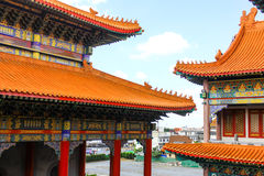 Висок стиля традиционного китайския на Wat Leng-Noei-Yi в Nonthab Стоковые Фотографии RF
