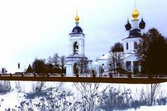 висок с куполами золота, зима стоковые изображения rf