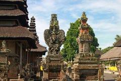 Висок с скульптурами, Бали Стоковые Фото