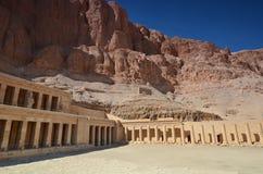 Висок ферзя Hatshepsut на Deir el-Bahri - виске Hatshepsut Стоковое Изображение