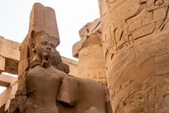 Висок Anscient Karnak в Луксоре - Archology Ruine Thebes Египта около Нила стоковое изображение