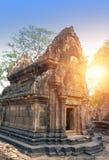 Висок Banteay Srey губит столетие на заходе солнца, Siem Reap Xth, Камбоджу стоковое фото rf