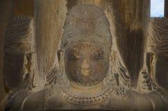 ВИСОК BRAHMA, святилище - 4 смотрели на Shiva Linga, восточную группу, Khajuraho, Madhya Pradesh, место всемирного наследия ЮНЕСК стоковое изображение