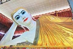 Висок Chaukhtatgyi Будды, Янгон, Мьянма Стоковые Фото
