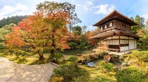 Висок Ginkakuji в Киото, сезоне осени Стоковое Изображение