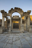 Висок Hadrian в Ephesus, которое было построенным около 138 ОБЪЯВЛЕНИЕМ Стоковое Изображение