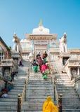 Висок Jagdish и индийские люди в Udaipur, Индии стоковое фото rf
