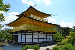 Висок Kinkakuju (золотой павильон) в Киото, Японии Стоковое фото RF