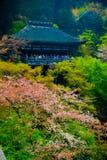 Висок Kiyomizu-Dera буддийский стоковая фотография
