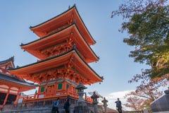 Висок Kiyomizu-dera виска Taisan-ji близрасположенный Стоковые Изображения