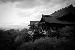 Висок Kiyomizu Dera черно-белый Стоковое Изображение RF