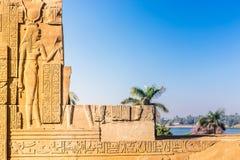 Висок kom Ombo, расположенный в Асуане, Египет стоковые фото