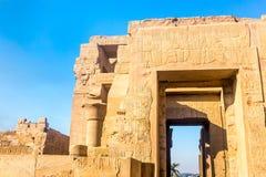 Висок kom Ombo, расположенный в Асуане, Египет стоковые фотографии rf