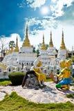 Висок Lampang Sao Chedi, Таиланд Стоковое Изображение RF