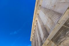 Висок Maison Carree римский в Nimes, Франции стоковая фотография