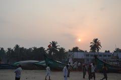 Висок Murudeshwar Shiva и статуя - восход солнца стоковые фотографии rf
