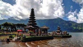 Висок Pura Ulun Danu, Бали, Индонезия стоковые изображения