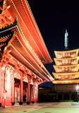 Висок Sensoji-ji красный японский в Asakusa, токио Стоковые Фото