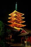 висок sensoji pagoda ночи Стоковое Изображение