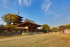 Висок Shitennoji в палате Tennoji, Осака Стоковая Фотография