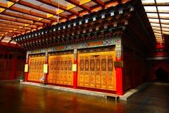 Висок Songzanlin также известный как монастырь Ganden Sumtseling, тибетский буддийский монастырь в городе Zhongdian (Шангри-Ла),  Стоковые Изображения RF