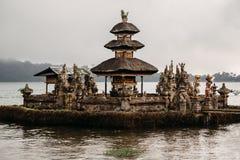 Висок Ulun Danu Bratan Pura Ulu Danau bali Индонесия стоковые фото