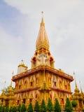 Висок Wat Chalong Chaithararam на Пхукете Таиланде стоковое фото