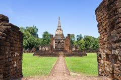Висок Wat Chang Lom в парке Si Satchanalai историческом стоковое фото rf