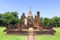 Висок Wat Chang Lom в парке Si Satchanalai историческом стоковые изображения rf