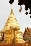 Висок Wat Phrathat Doi Suthep, Чиангмай - Таиланд стоковые изображения rf