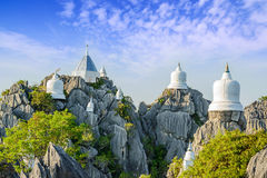 Висок Wat Prajomklao Rachanusorn красивый тайский, изумительный висок Стоковая Фотография RF