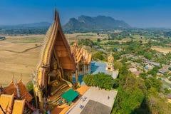 Висок Wat Tham Seua пещеры тигра стоковые фотографии rf