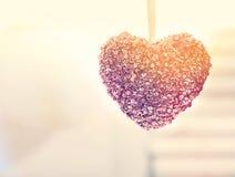 Вися декоративное сердце Стоковые Фотографии RF