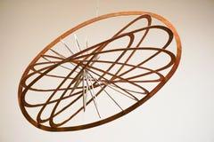 Вися эллиптическая чернь сделанная из древесины Стоковое фото RF