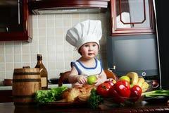 витамины мальчика Стоковые Изображения