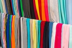 Витрина ткани ткани, красочные материалы Стоковое Изображение RF
