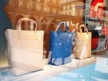 Витрина Printemps 2016 сумок Стоковые Фотографии RF