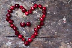 Вишни в форме сердца Стоковые Фотографии RF