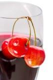 Вишни и сок вишни Стоковое Изображение