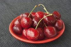 вишни покрывают красный цвет Стоковые Изображения RF