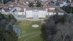 Вилла Cusani Tittoni Traversi, панорамный взгляд, вид с воздуха, Desio, Монца и Brianza, Италия стоковые изображения