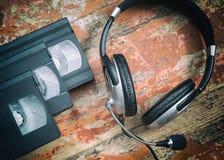 Видео- кассеты и наушники Стоковые Фотографии RF