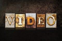 Видео- концепция Letterpress на темной предпосылке стоковая фотография rf