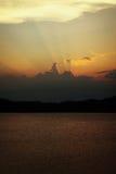 Видимые лучи Солнця на сумраке Стоковое Фото