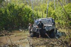 Виллис в грязи Стоковое Изображение RF