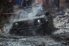 Виллис в грязи Стоковое фото RF