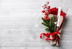 вилка и нож с ветвью ели рождества Стоковые Изображения