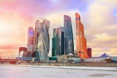 Вид на город Москвы делового центра International Москвы небоскребов Стоковые Фотографии RF