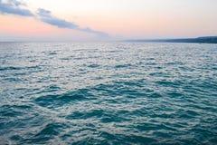 Вид на море в раннем утре Морской зеленый цвет предпосылки Стоковые Фото
