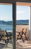 Вид на море от гостиничного номера стоковое фото